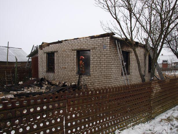 Пожар в д. Гинцевичи // фото Барановичского МЧС