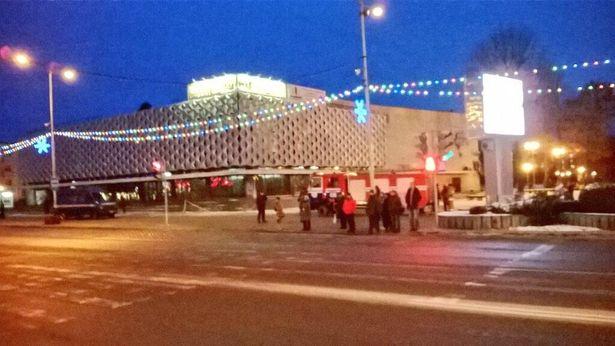 В Барановичах поступило сообщение о минировании кинотеатра Октябрь. Фото Руслан Ревяко