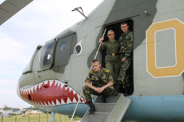 Летная группа курсантов – в музее авиационной техники им. Грицевца аэроклуба ДОСААФ, г. Минск.