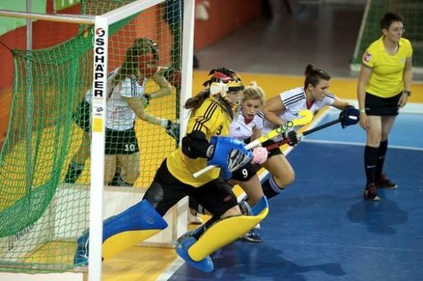 Фото со страницы в фейсбук Eurohockey Indoor Championship women 2014.