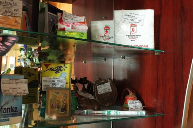 Белорусские сувениры в придорожных кафе
