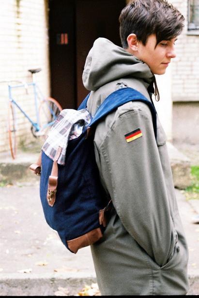 Свой бизнес год назад дизайнер начинал с пошива рюкзаков.