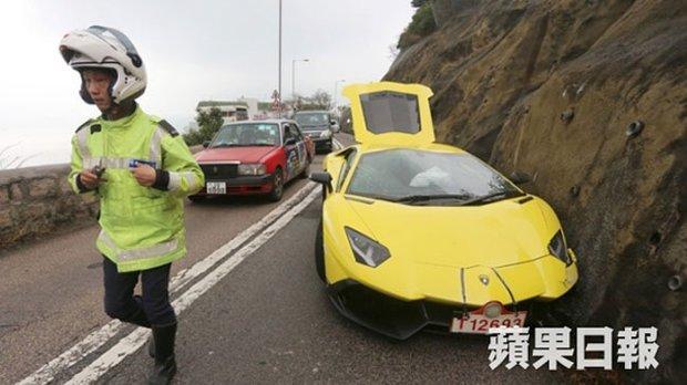 Разбился новый Lamborghini Aventador стоимостью полмиллиона долларов