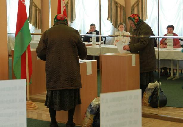 Избирательный участок на молочном комбинате. Барановичи, 23 марта