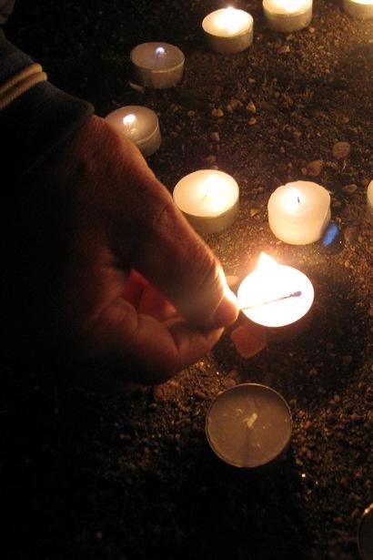 Барановичи приняли участие в международной акции «Час Земли». Фото автора