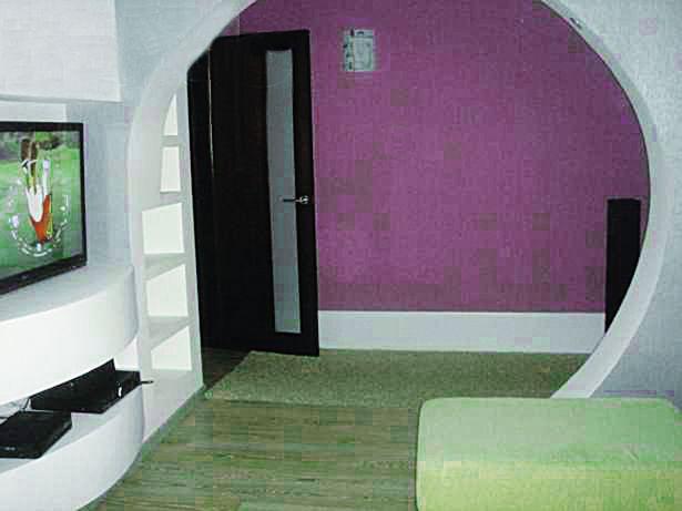 Барановичи. Трехкомнатная квартира в Южном м-не за 750 долларов в месяц.