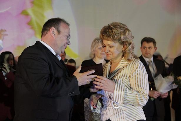 В области культуры наградили Ларису Каллаур. Фото: Александр Трипутько