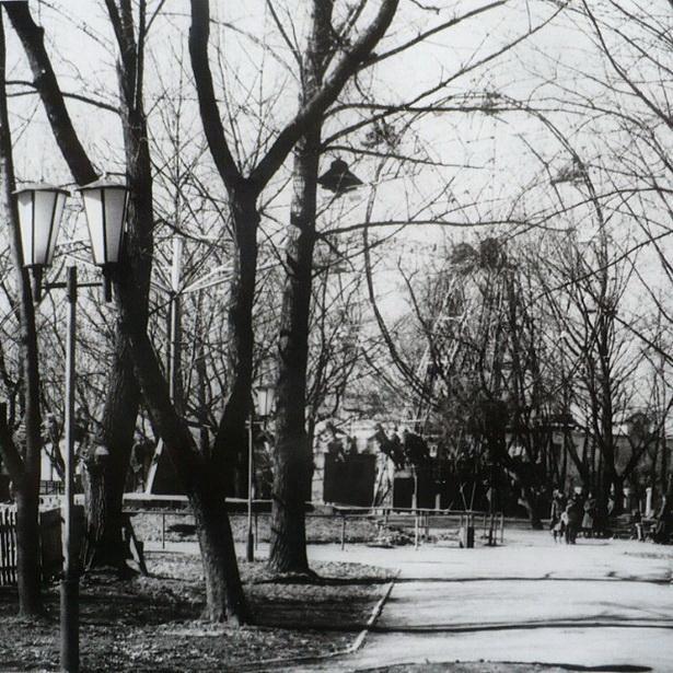 «Чортава кола» ў маладым парку г. Баранавічы, XX ст. ФОТО Instagram @yurut