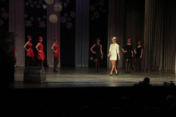 Першы выпуск Баранавіцкай студыі моды Сяргея Нагорнага