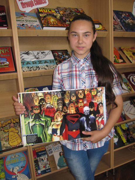 Элизу-Агату Коцур в комиксах привлекают герои, каждый из которых отличается от других. Фото: Ольга ШИРОКОСТУП