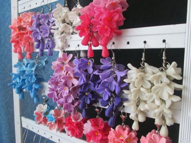 Серьги из полимерной глины в виде цветков сирени. Фото Татьяна Некрашевич.