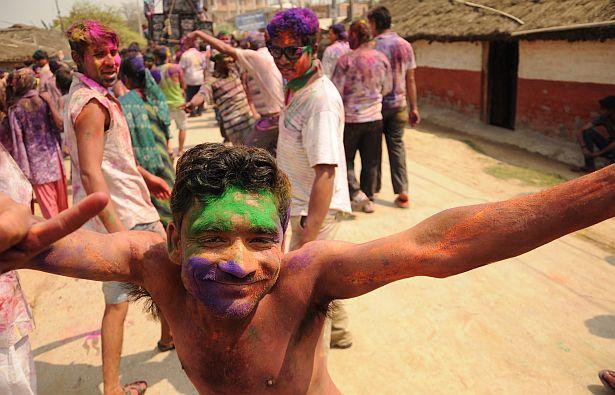 Непалец падчас святкавання свята Холі