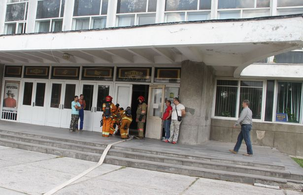 Условное возгорание произошло  на сцене Барановичского Дворца Культуры Текстильщик