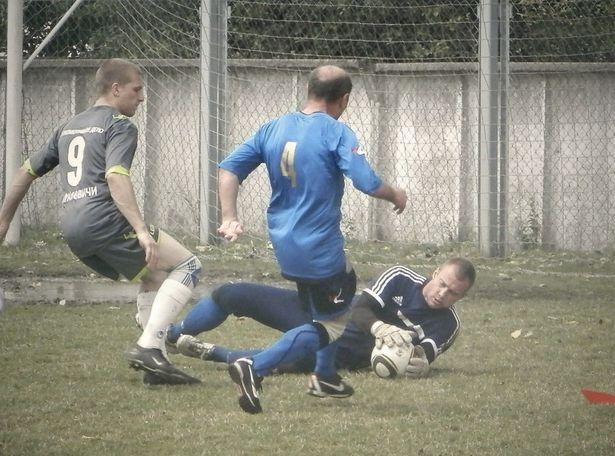Матч «Локомотивное депо» (Барановичи) - «Локомотив» (барановичские ветераны). Фото: Сергей Живула.