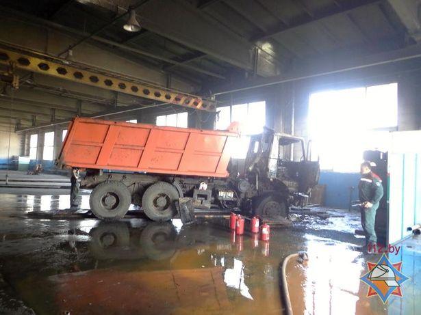 В боксе одноно из предприятий города горел МАЗ сайта МЧС http://mchs.gov.by