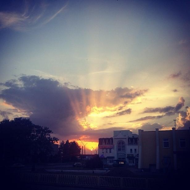 @buben_i  Сонечнае вока ў небе над Баранавічамі