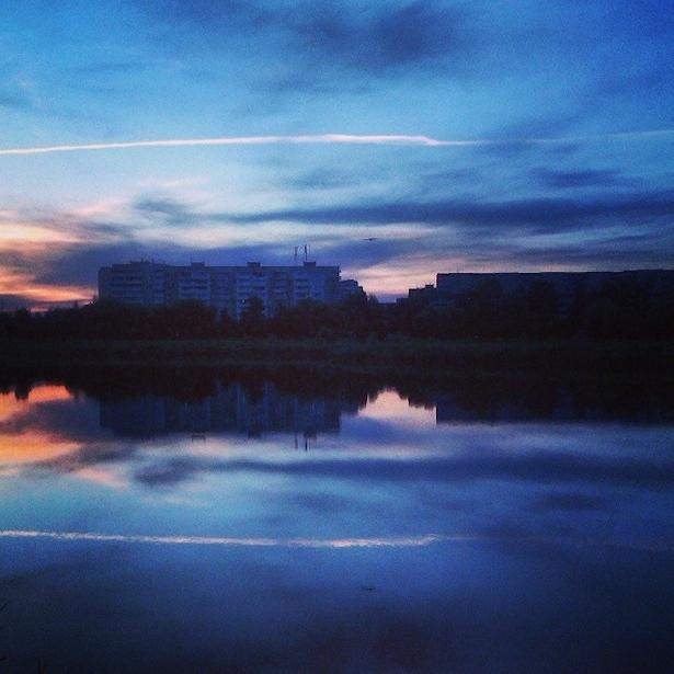 @anton_official  Сіні вечар на Свяцілаўскім возеры
