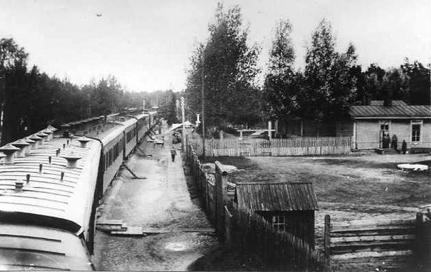 Вид поезда Верховного Главнокомандующего в Ставке в Барановичах
