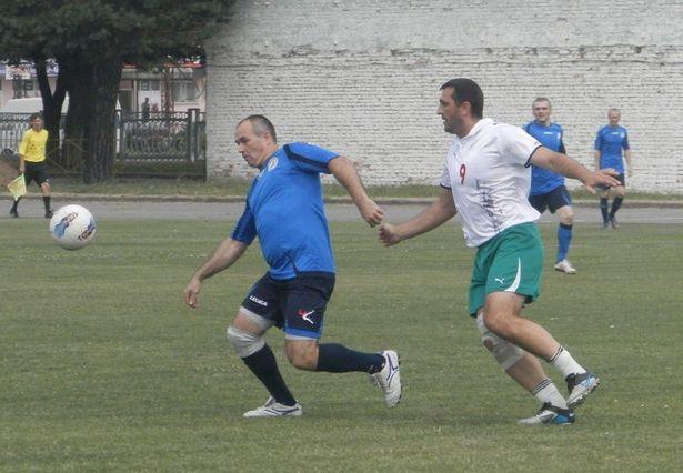 Фото с группы ВКонтакте Любительской футбольной лиги г. Барановичи.