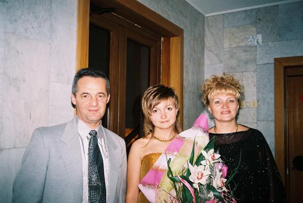 Александр и Светлана Журавлевич с дочерью Ольгой.