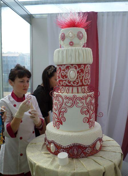 Торт-конкурсант. Фото из архива Барановичского хлебозавода.