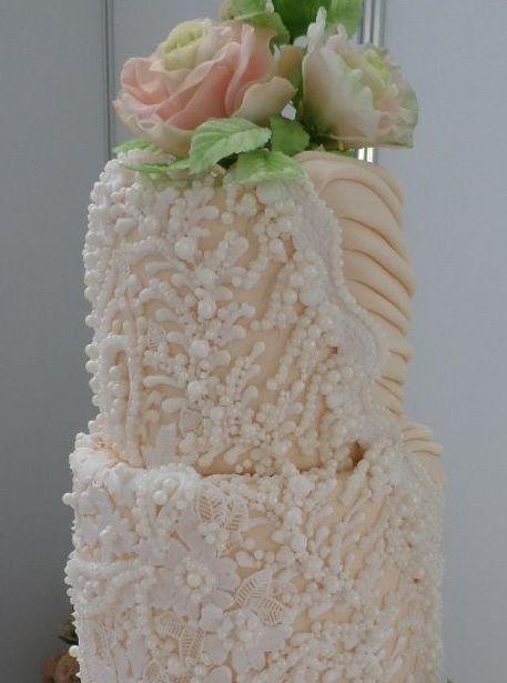 Элементы торта. Фото из архива Барановичского хлебозавода.