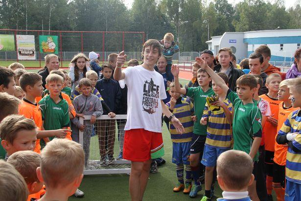 Для детей проводились конкурсы. Фото: Александр Трипутько.