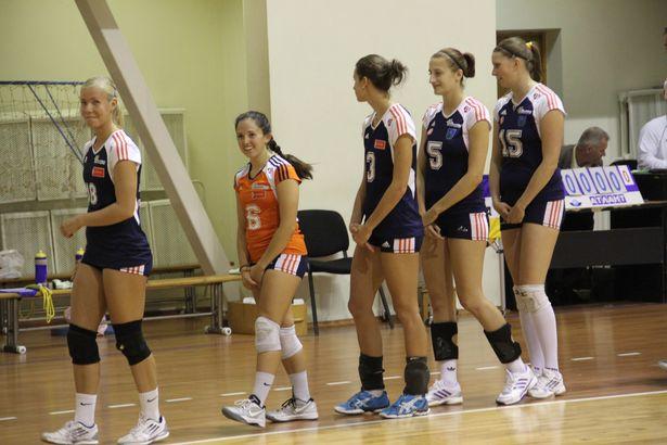 Чешские волейболистки. Фото: Александр Трипутько.