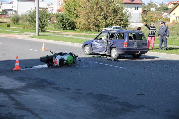 ДТП на ул. Кирова, 24 сентября. Фото: Дмитрий МАКАРЕВИЧ