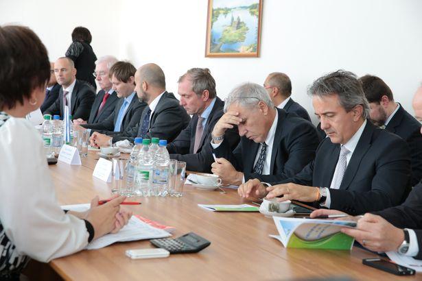 Заседание по итогам визита. Фото: Дмитрий МАКАРЕВИЧ.