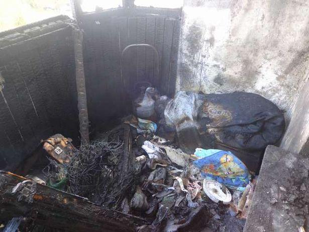 Огонь уничтожил имущество на балконе. Михаил МАТЯС, Барановичский ГРОЧС