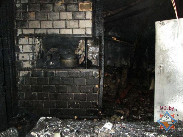 Пожар в д. Полонка Фото: Сайт МЧС http://mchs.gov.by