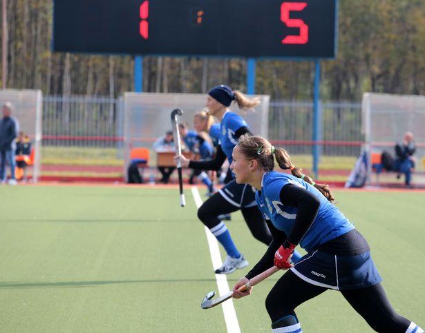 Игроки ХК Минск во время матча с командой Текстильщик-БарГУ