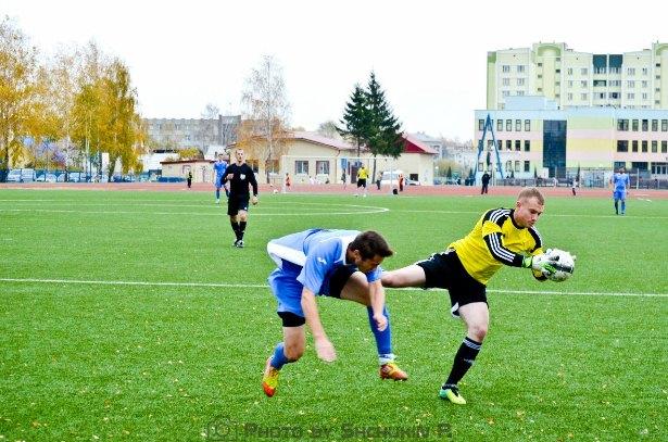 Вратарь Барановичей на месте. Фото со страницы официальной группы  ФК Жлобин ВКонтакте.