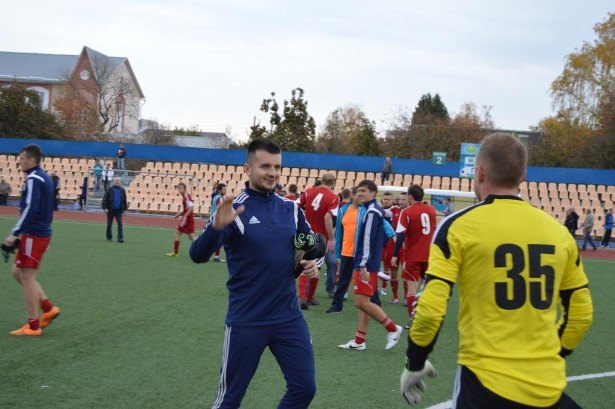 После матча.Фото со страницы официальной группы  ФК Барановичи ВКонтакте.