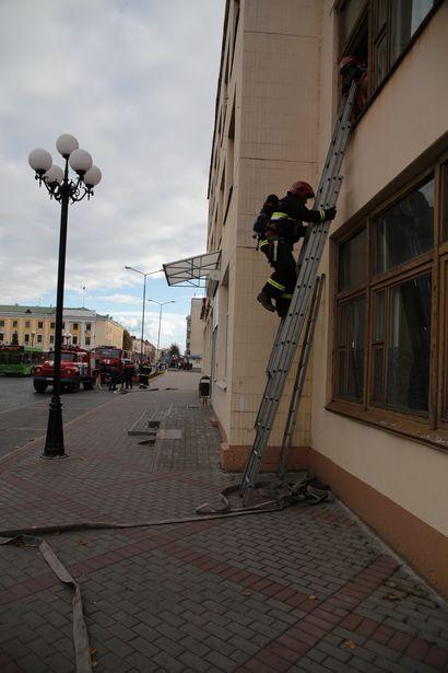 В здании типографии на втором этаже произошло возгорание продукции