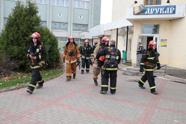 В итоге учений «пострадавшие» были спасены, а возгорание ликвидировано.