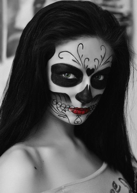 Макияж на Хэллоуин. Фото: Вячеслав ШАХ-ГУСЕЙНОВ.