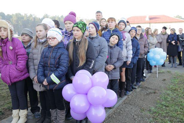 Местные жители. Фото: Дмитрий МАКАРЕВИЧ.
