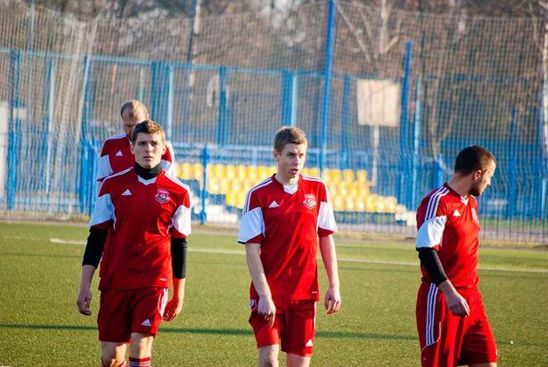 Игра была физически тяжелой, ведь на футбольное поле спортсмены вышли спустя 2 дня после еще одной важной финальной игры. Фото: Ульян КУЛЬЧИК.