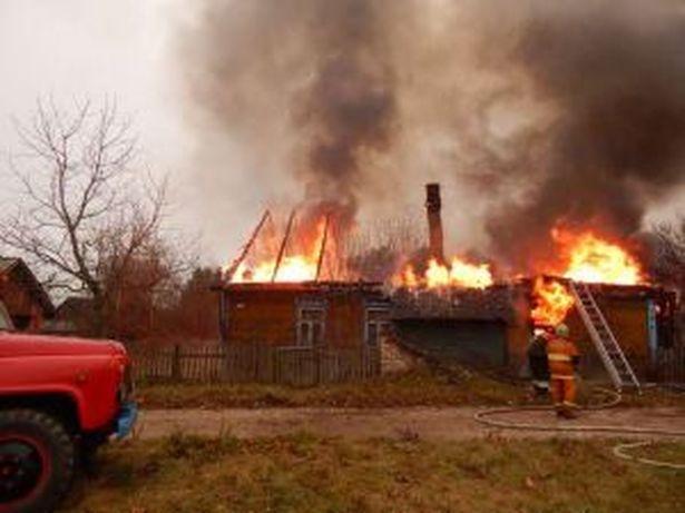 Пожаром в Тешевле были уничтожены кровля дома по всей площади, стены и домашнее имущество