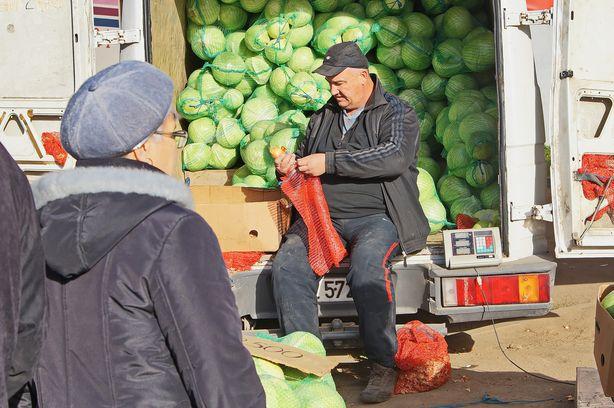 В Барановичах прошла большая ярмарка сельхозпродукции. Фото: Дмитрий МАКАРЕВИЧ