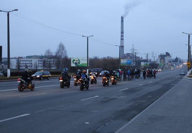 В Барановичах зажгли свечи в память о жертвах ДТП