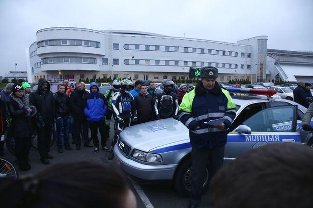 Сотрудники Госавтоинспекции рассказали участникам о ситуации на дорогах
