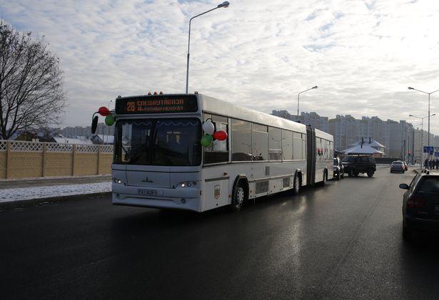 Первый рейс автобуса по ул. Кооперативной