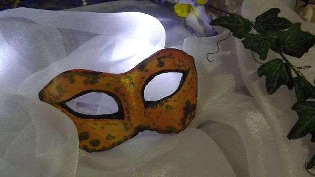 Для конкурса кулинар сделала сладкие маски. Фото: архив Ольги Рыбалтовской