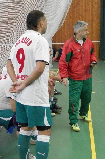 Тренер «Адамса» и капитан Игорь Вяткин. Фото: Сергей ЖИВУЛА