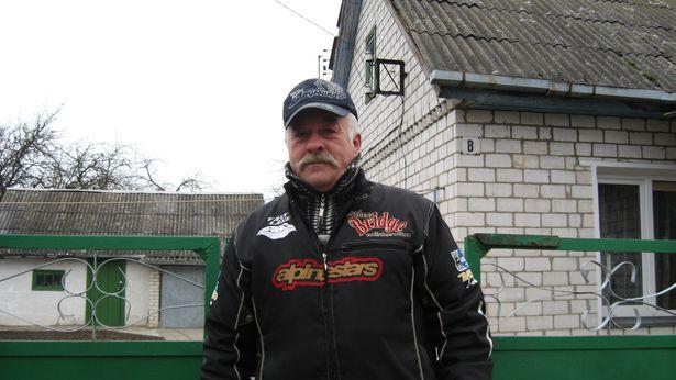 З 1989 года Браніслаў Кузьміч жыве ў Баранавічах.