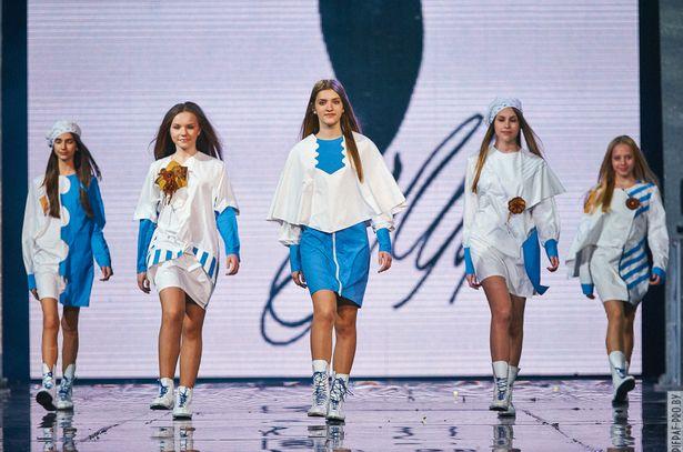 Коллекция одежды Модное письмо. Фото с сайта pifpaf-pro.by