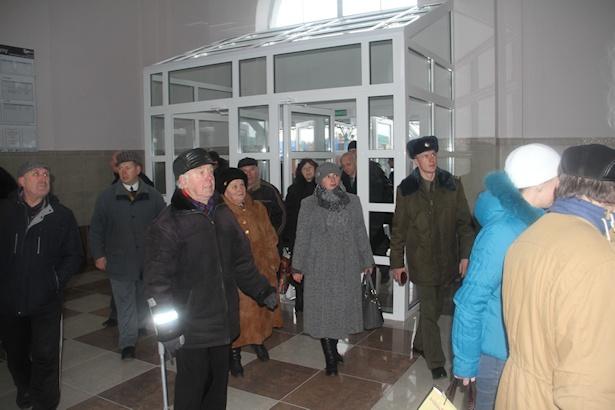 Здание вокзала открыто для жителей и гостей города. Фото: Александр ТРИПУТЬКО.